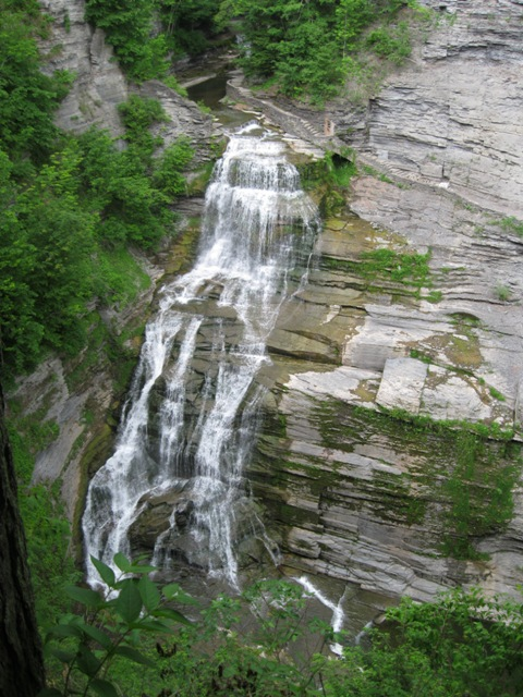 Lucifer Falls seen from the Rim Trail